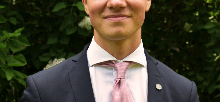 (Svenska) Möt Cesar Kouthoofd Muldin